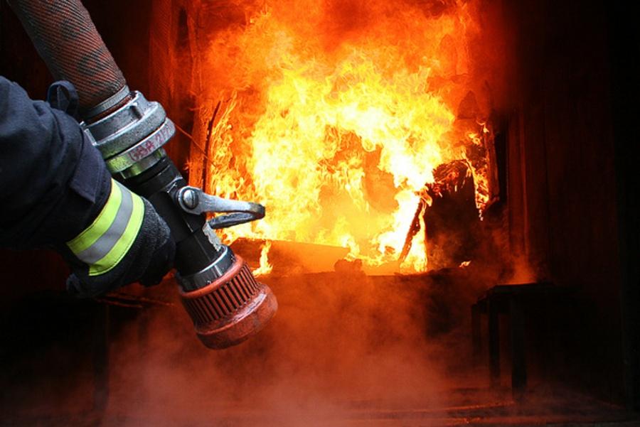 Бережанські рятувальники ліквідували пожежу сміття