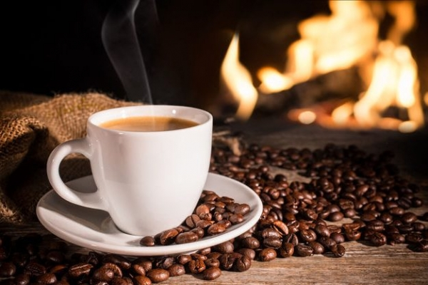 Потрібно пити перед сном: Вчені сенсаційно спростували популярний міф про каву