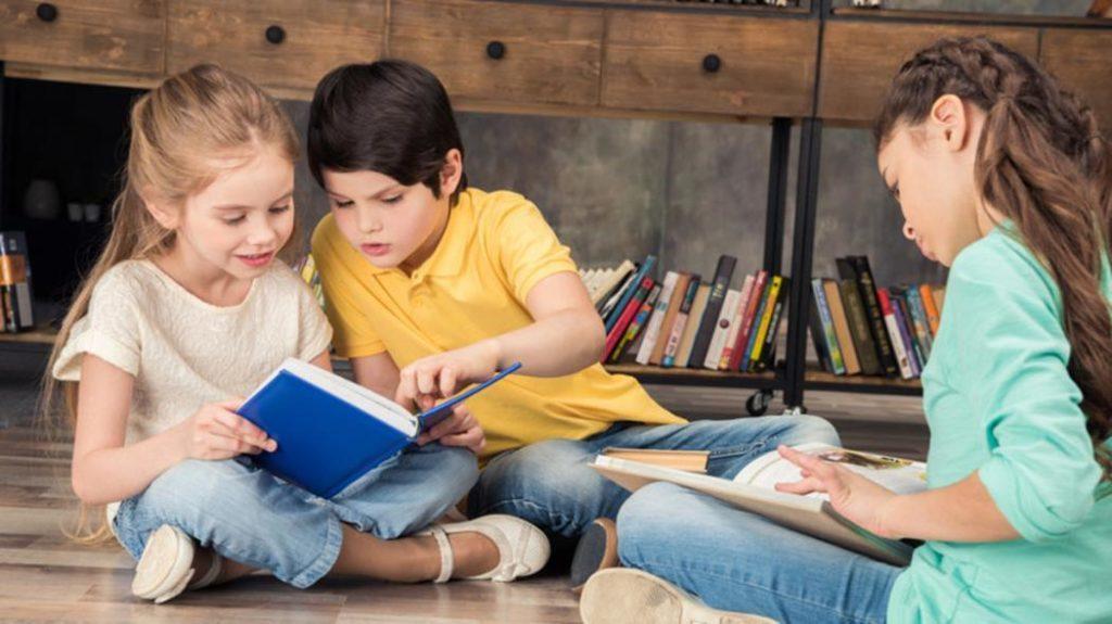 Книгу про відомого зборівчанина читають школярі у Європі