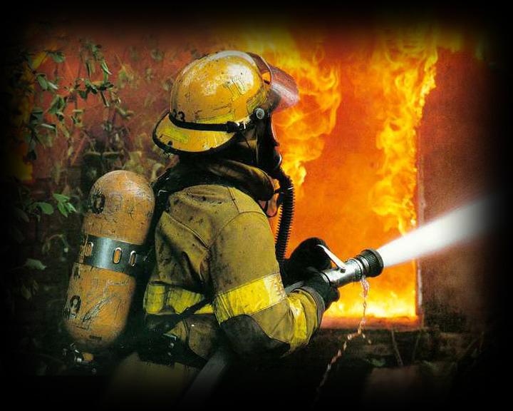 Через пожежу на горищі ледь не згорів будинок