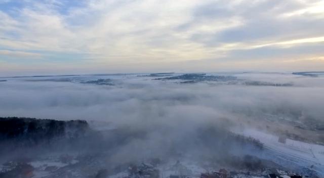 Неземна краса ранкового міста на Тернопільщині (Відео)