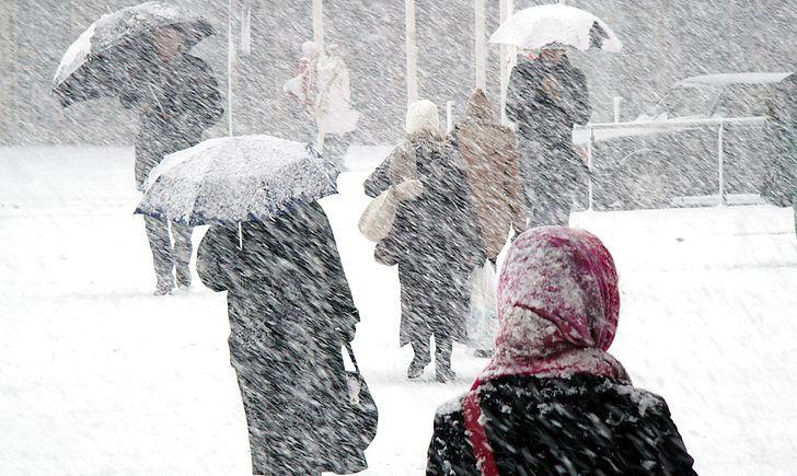Зима так просто не відступить: Синоптик розповів, коли в Україні чекати -25 градусів