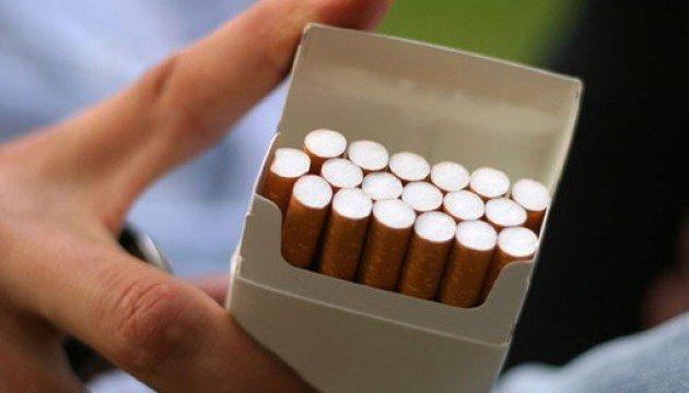 Курці у розпачі: Сигарети в Україні подорожчають до 100 грн за пачку (Відео)