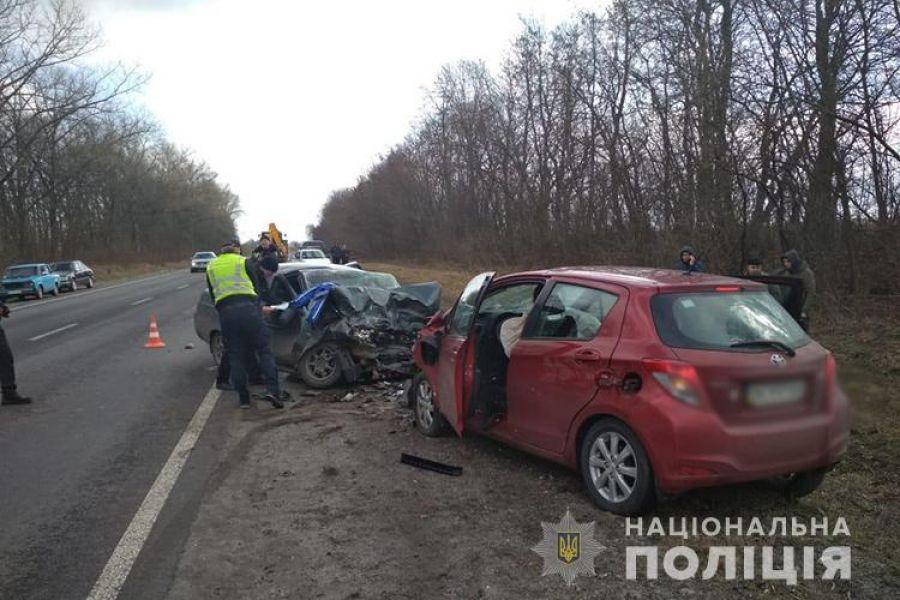 У реанімаційне відділення потрапили обидва водії: на Зборівщині страшна аварія (фото)