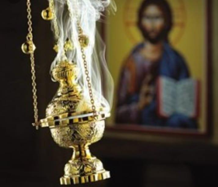 Священик з Тернопільщини розповів про неймовірні властивості ладану