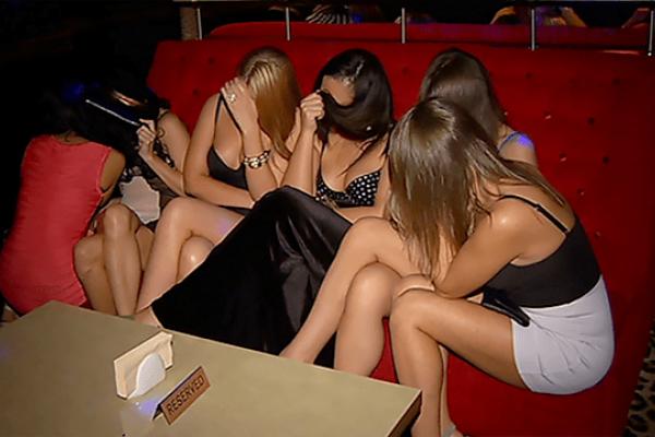 На Тернопільщині жіночка пропонувала молодицям «роботу» в польському нічному клубі