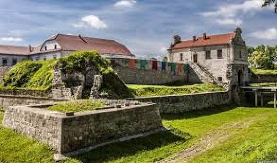 Вхід 80 грн, фото 500 грн: скоро вхід в Збаразький замок собі зможуть дозволити лише багачі
