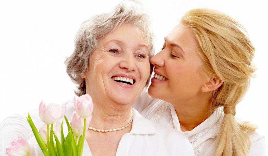 Свято «на носі»: 14 ідей для тих, котрі шукають подарунки до Дня матері