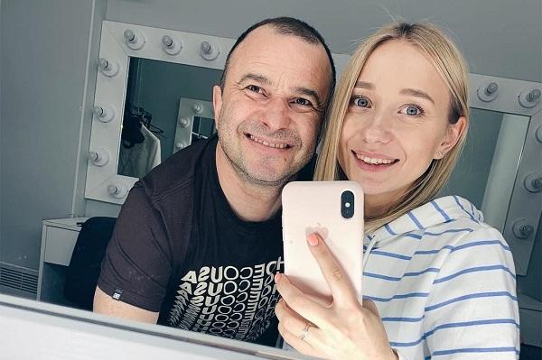 Віктор Павлік покинув дружину заради 25-річної концертної директорки
