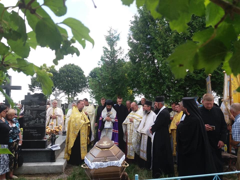 Поховали найстарішого священика ПЦУ (Фото)