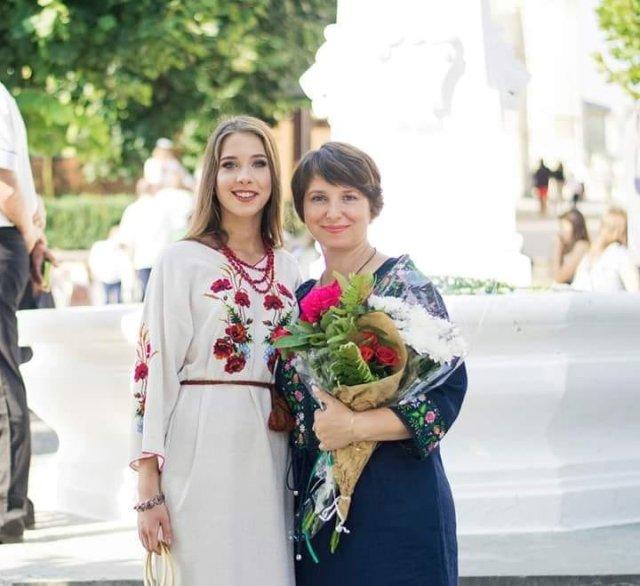 Учениця з Бережан набрала 200 балів на ЗНО з української мови