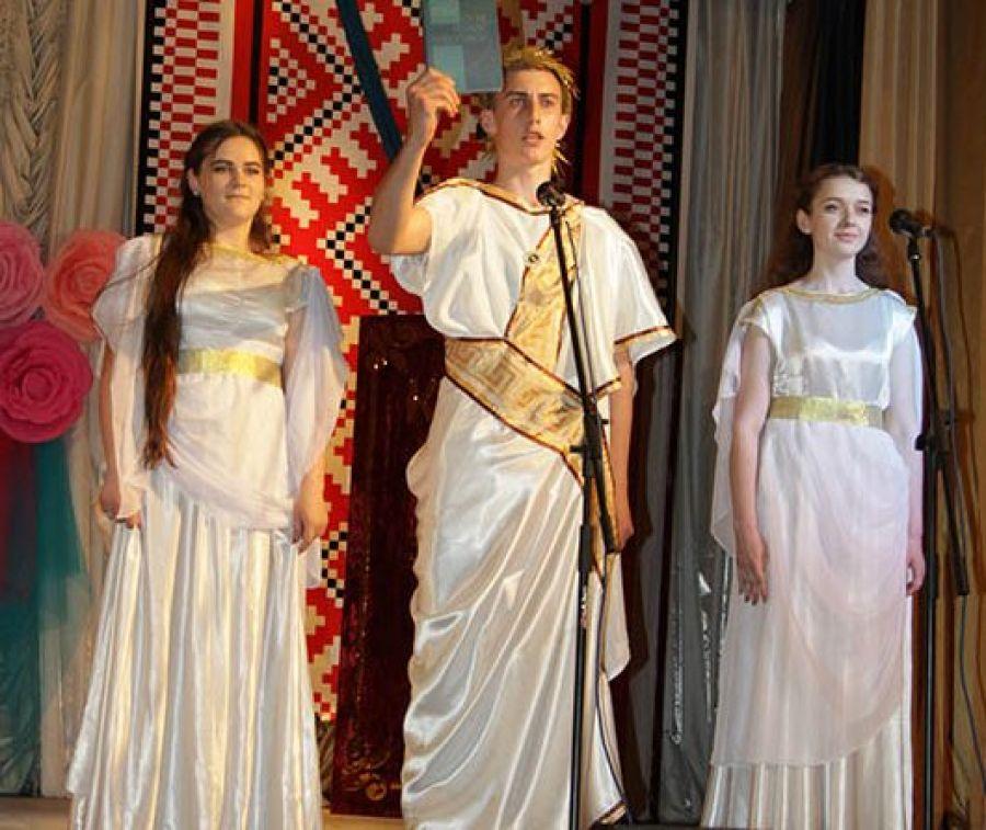 Студенти з Чорткова долучилися до встановлення Національного рекорду України (Фото)