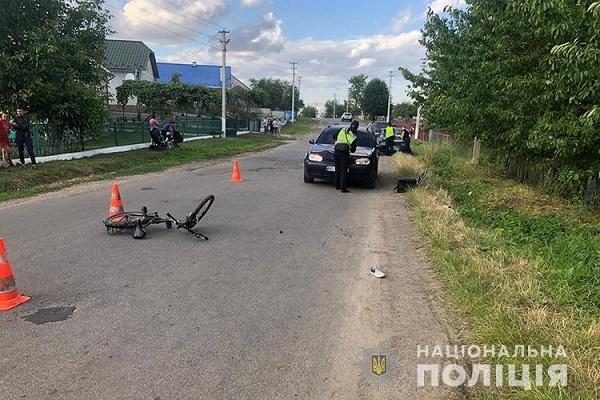 7-річний хлопчик потрапив під колеса авто