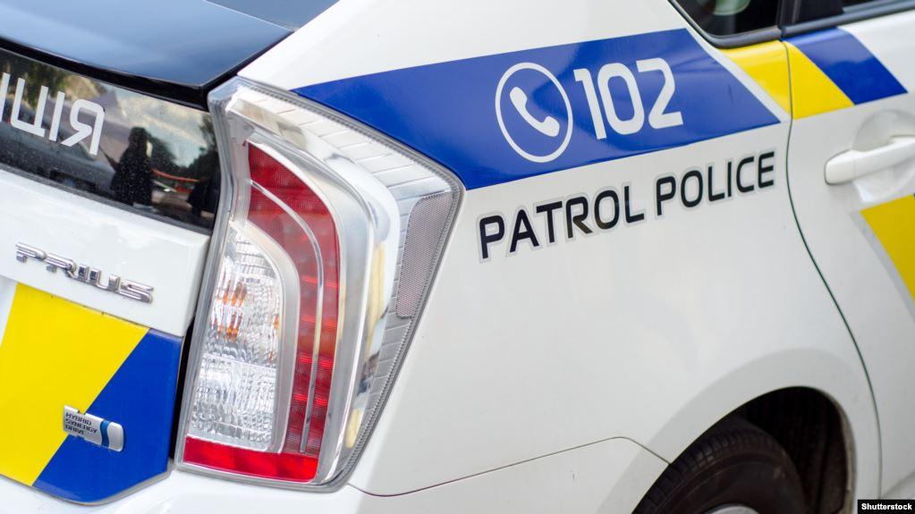 Через жінку поліцейський автомобіль потрапив у ДТП