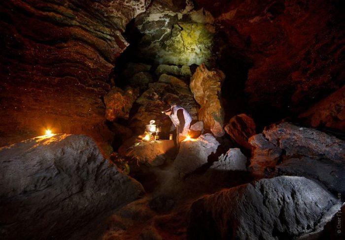 На Тернопільщині є печера, до якої приїжджають туристи з закордону (Фото)