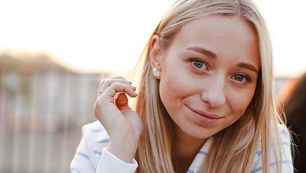 25-річна дівчина Віктора Павліка на весь світ заявила, що буде з тричі розлученим 53-річним плейбоєм до своєї старості