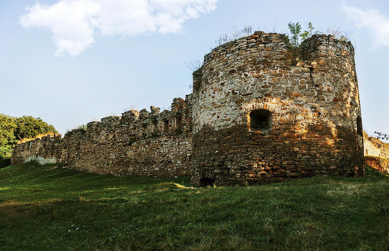 Микулинецький замок – єдиний «живий» замок Тернопільщини