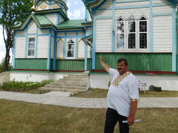 На Тернопільщині на даху дзвіниці знайшли вхід у криївку