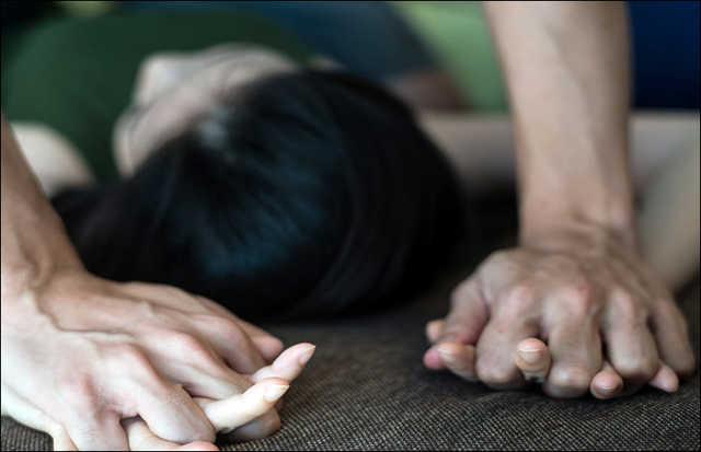 Доглядала за його дітьми: чоловік з Тернопільщини жорстоко згвалтував 15-річну сестру