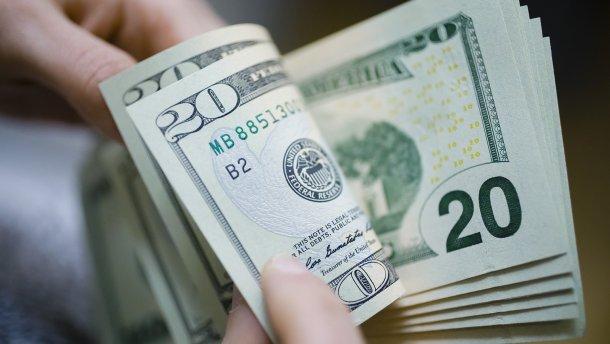 Що відбувається з курсом долара в Україну: У НБУ дали пояснення