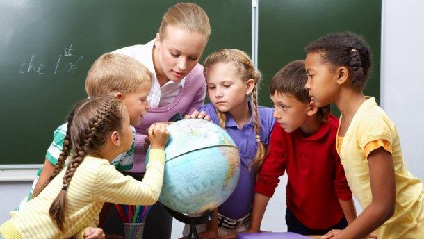 У бюджет не заклали підвищення зарплати вчителям