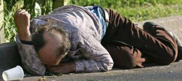 На Тернопільщині алкоголік тримає у страху ціле село