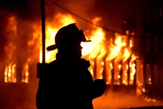 На Тернопільщині під час пожежі згоріло подружжя пенсіонерів