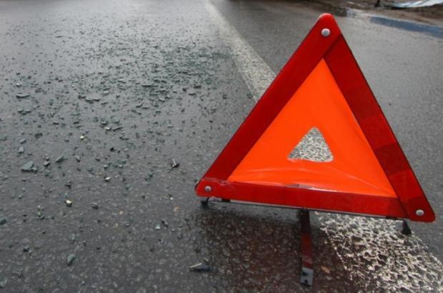 Не пристебнулися: Під Черніговом кілька людей загинуло у страшній аварії (відео)