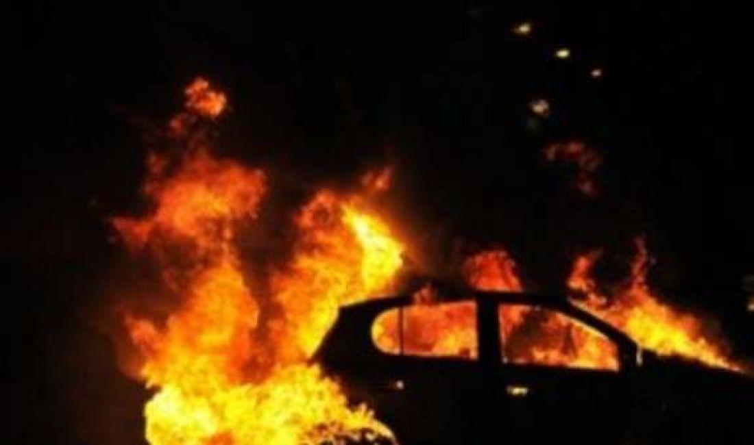 На Тернопільщині згоріла іномарка