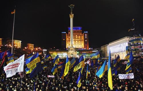 Скільки українців готові вийти на новий Майдан і взяти в руки зброю: Соціологи оприлюднили дані