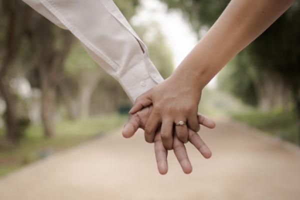 Ознаки готовності особи до життя в подружжі
