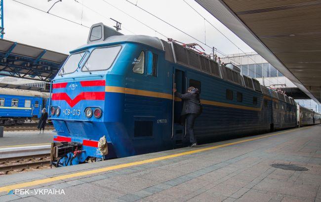 Стало відомо, коли Укрзалізниця відновить продаж квитків