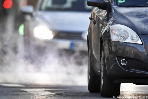 Чекаємо в Україні: в Німеччині рекордно обвалилися ціни на дизельні авто