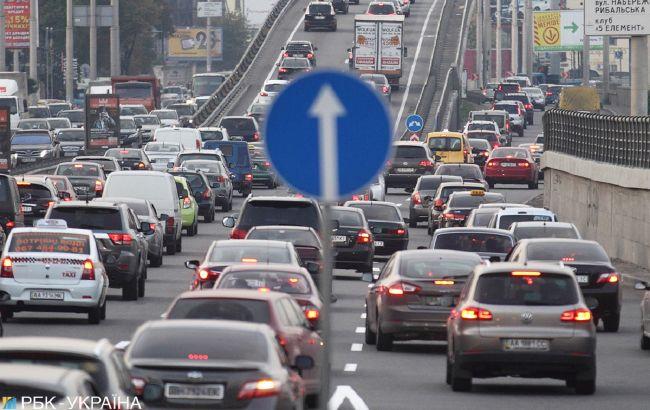 Українських водіїв будуть штрафувати за «модні» номери: кого це торкнеться