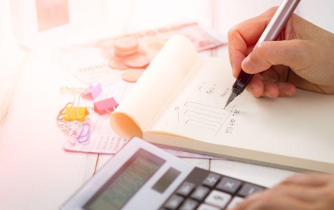 Податки в Україні: на що підуть гроші