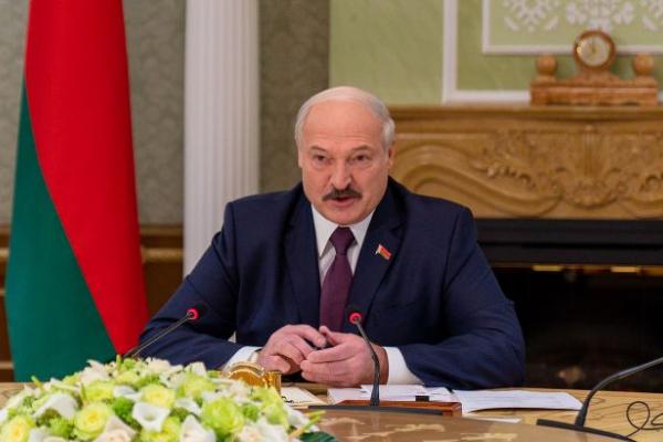 Те, що відбулося в Україні, буде квіточками: Лукашенко заговорив про різанину в Білорусі