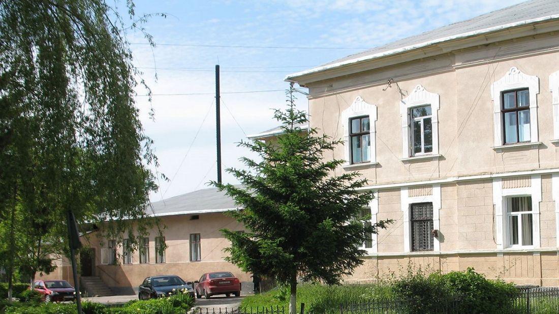 У районній лікарні на Тернопільщині досі не включили опалення: у пацієнтів почалося запалення легень