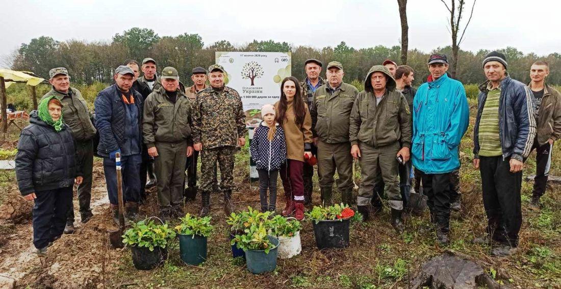 У Гусятинському районі долучилися до акції «1 000 000 дерев за 1 день»