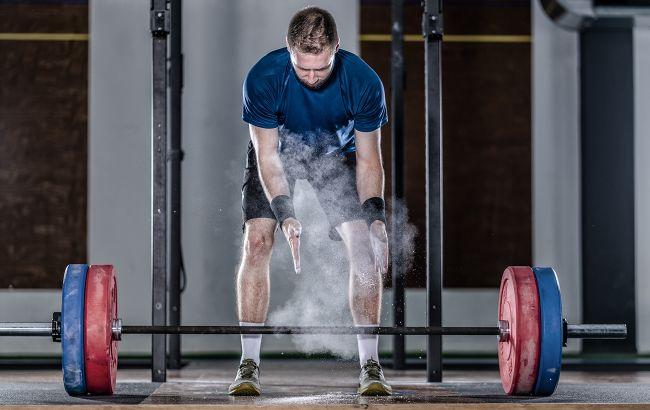 Знай наших! 45-річний українець встановив приголомшливий спортивний рекорд зі штангою
