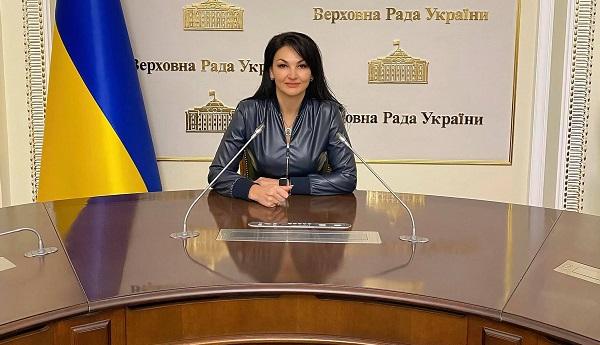 Діти з СМА в Україні мають право на життя